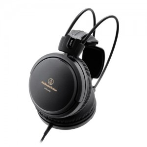 High-Fidelity Closed-Back Headphones