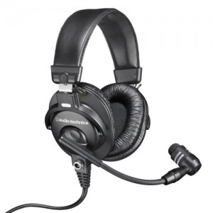 Broadcast stereo headset with dynamic boom microphone